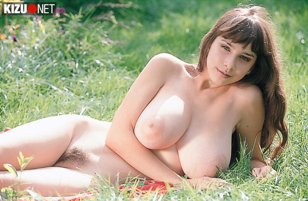 nova uncensored Yulia