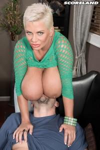 Claudia Marie in Im Highly Orgasmic!