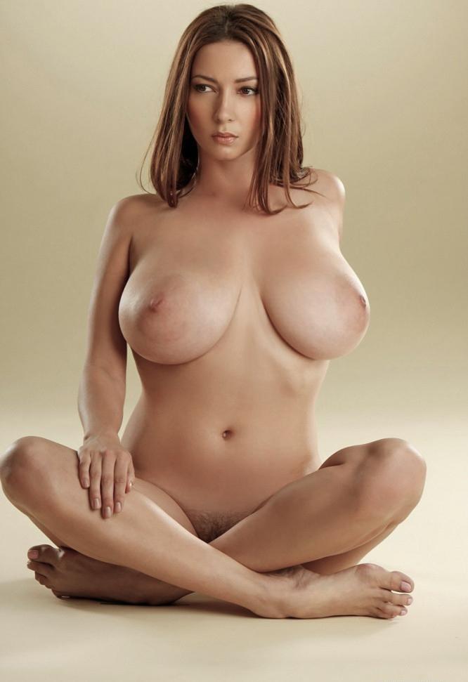 pretty nude uzbehistan girl